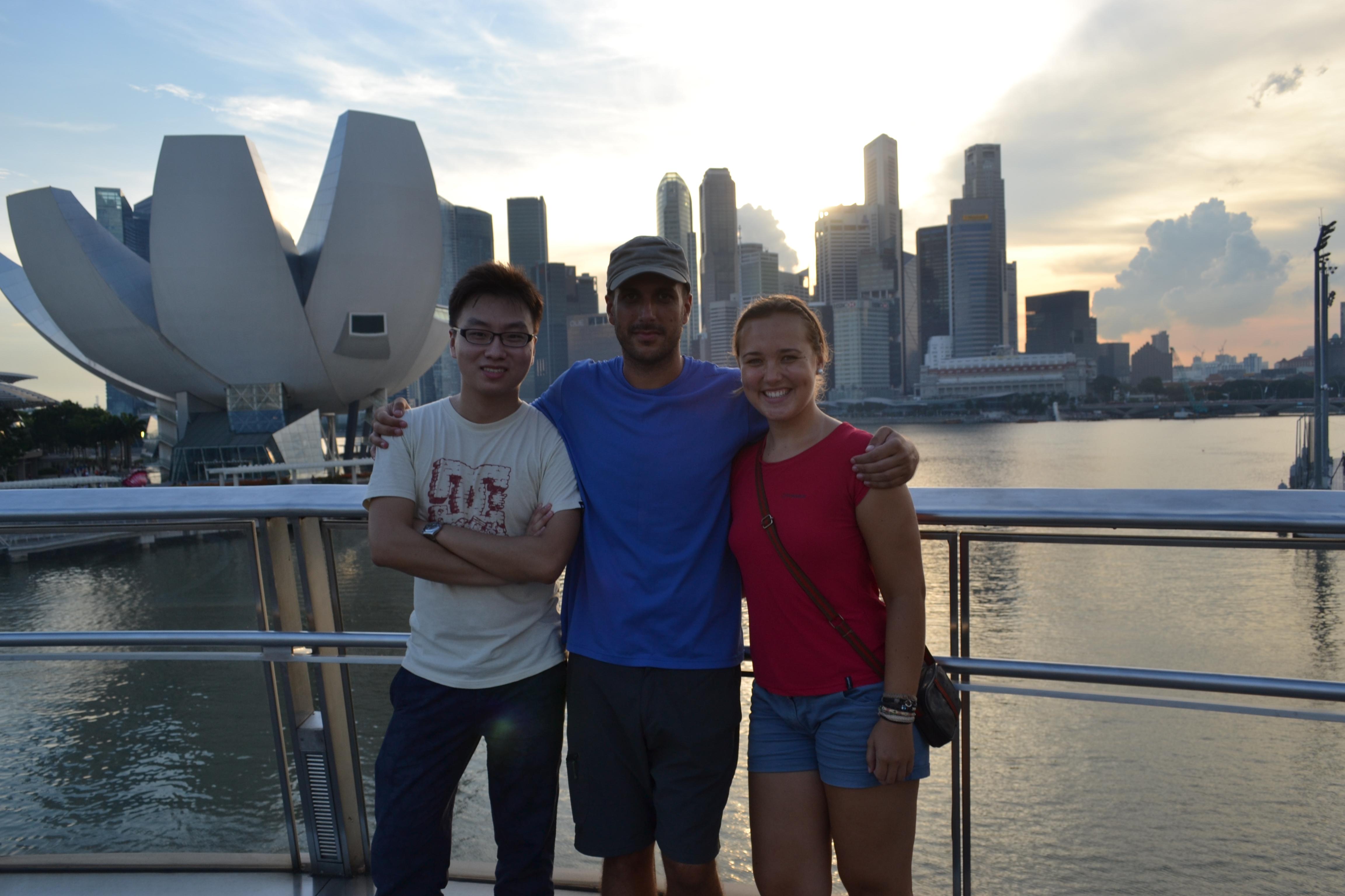Conhecendo Singapura com um chinês que conheceram na Suíça
