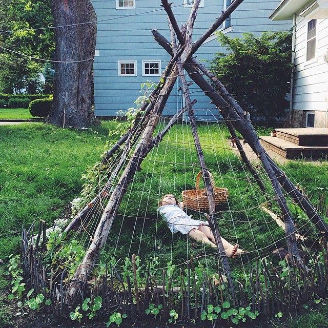 Como construir casinhas para crianças com elementos naturais