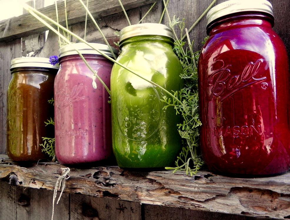 Receitas de sucos desintoxicantes para limpar o organismo