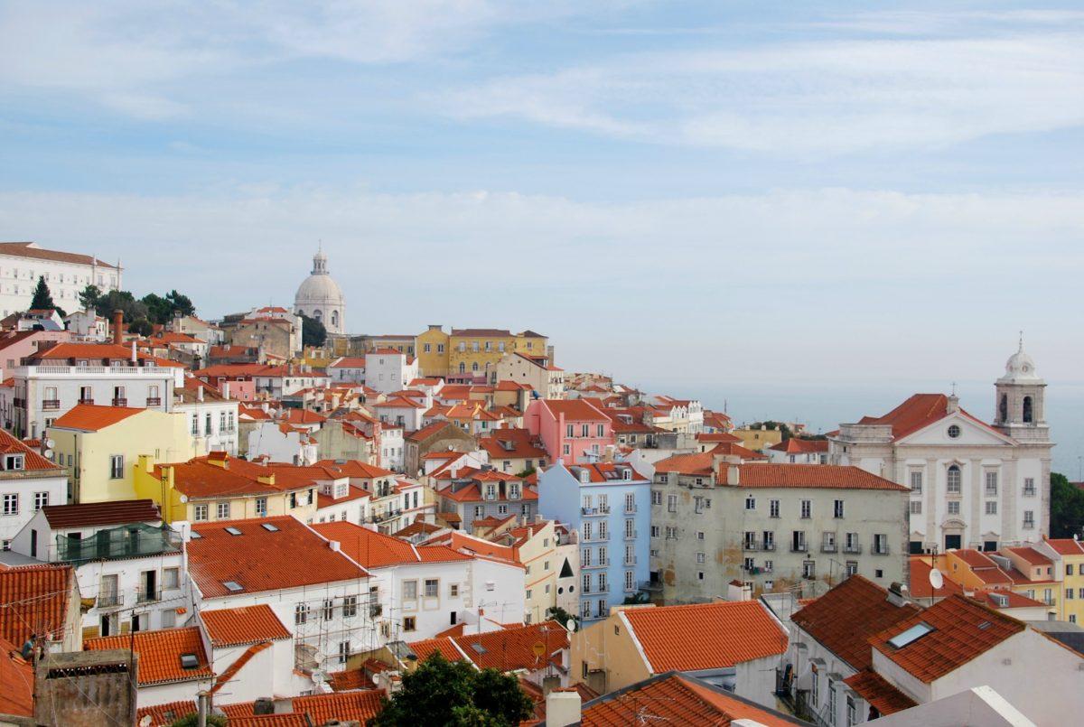 Não deixe de conhecer o distrito de Alfama em Lisboa
