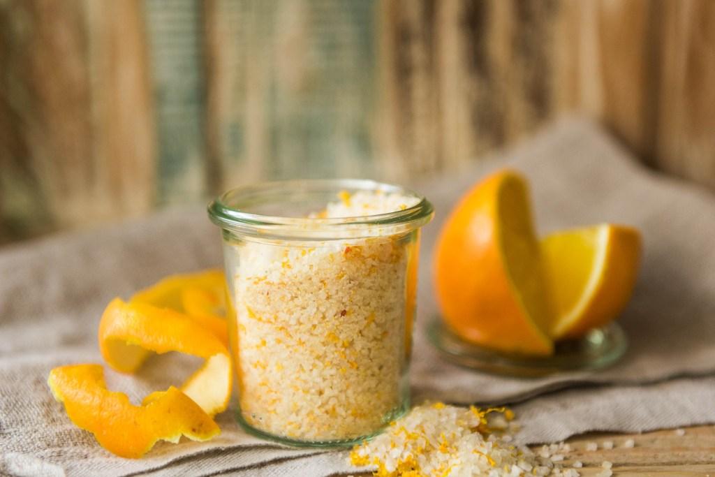 Sal aromatizado com laranja, limão e lima