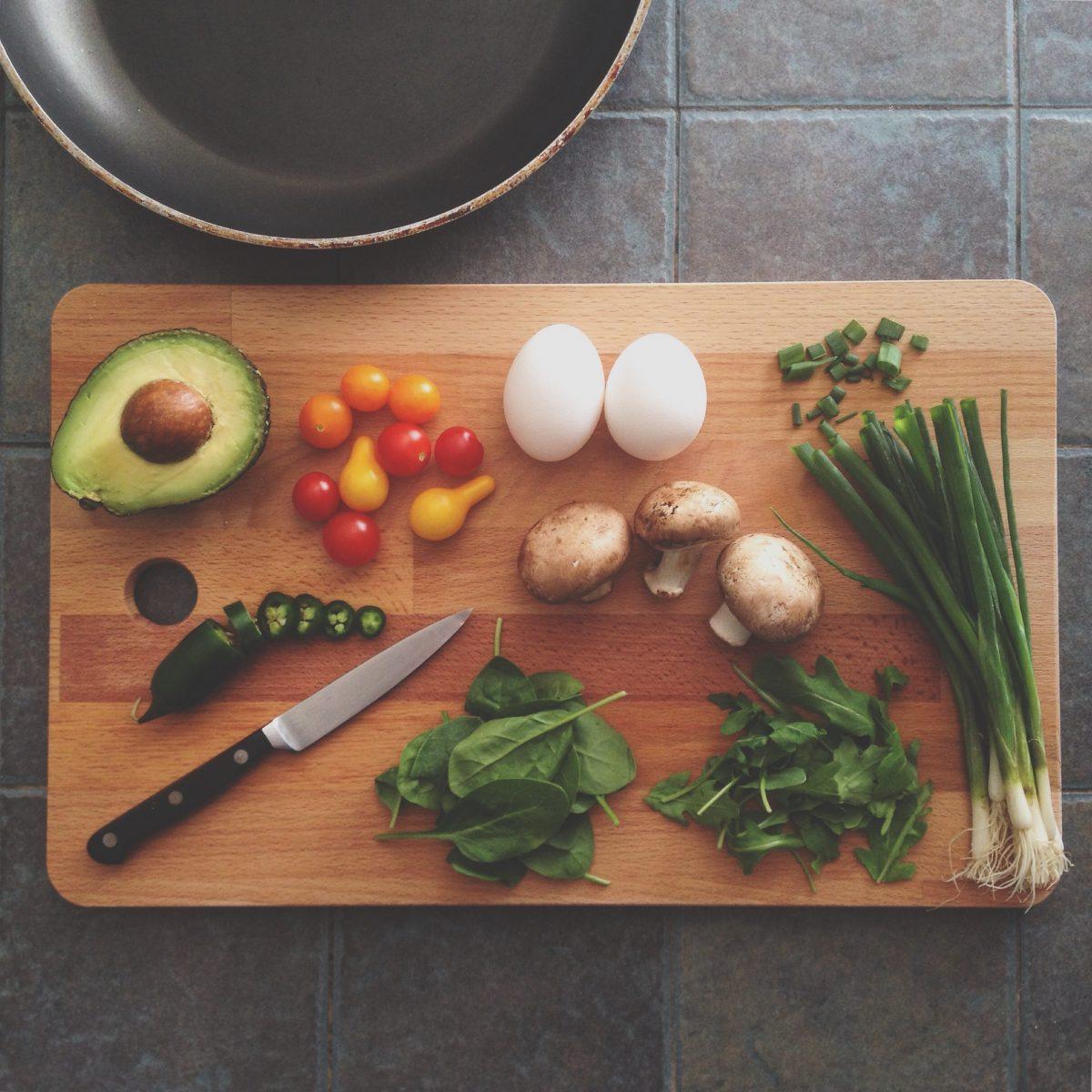 5 dicas para reduzir o lixo e ganhar sabores na cozinha