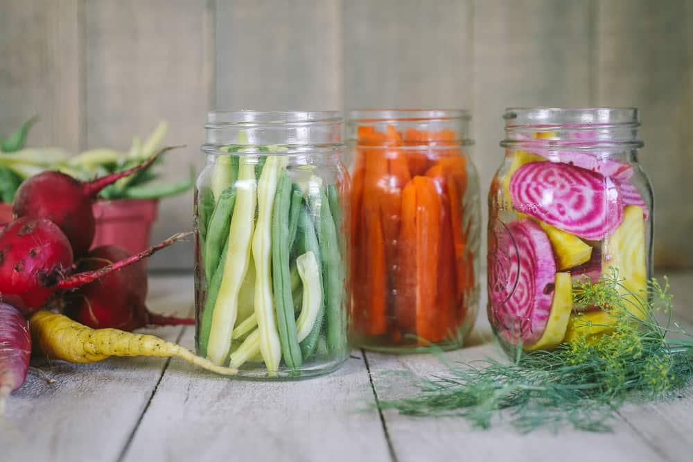 3 receitas de conservas de fermentação selvagem