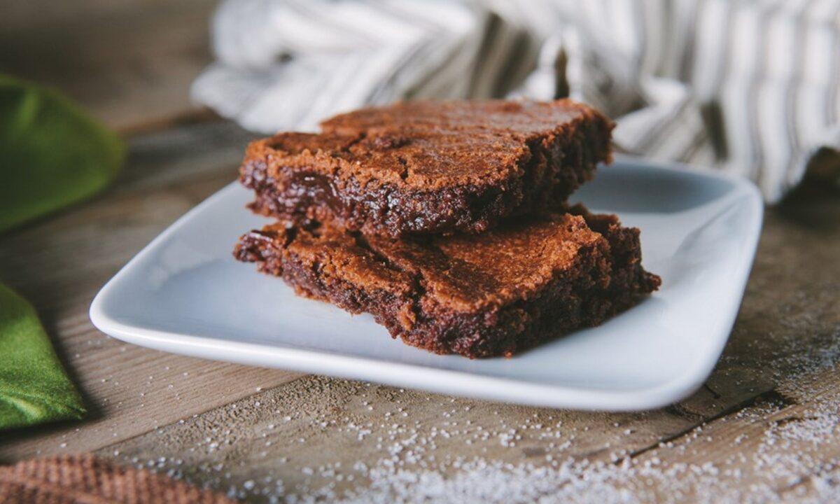 Brownie com manteiga de cannabis medicinal