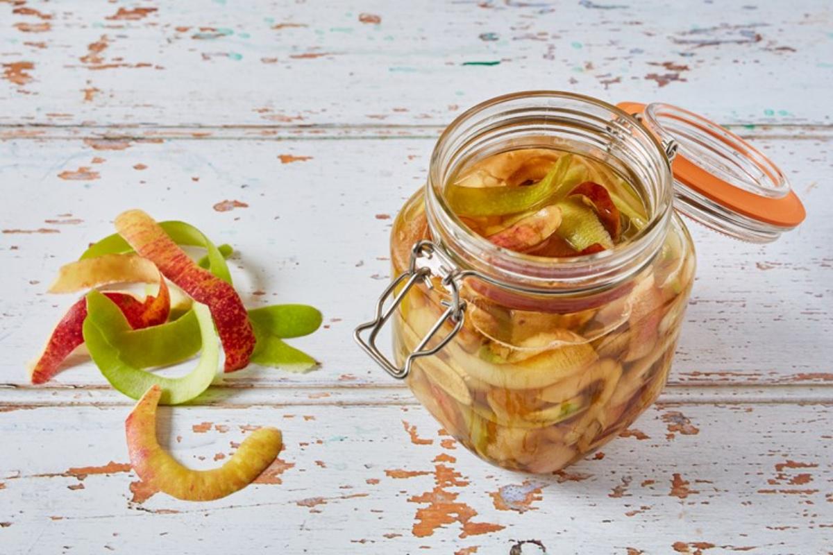 Como fazer vinagre de casca frutas