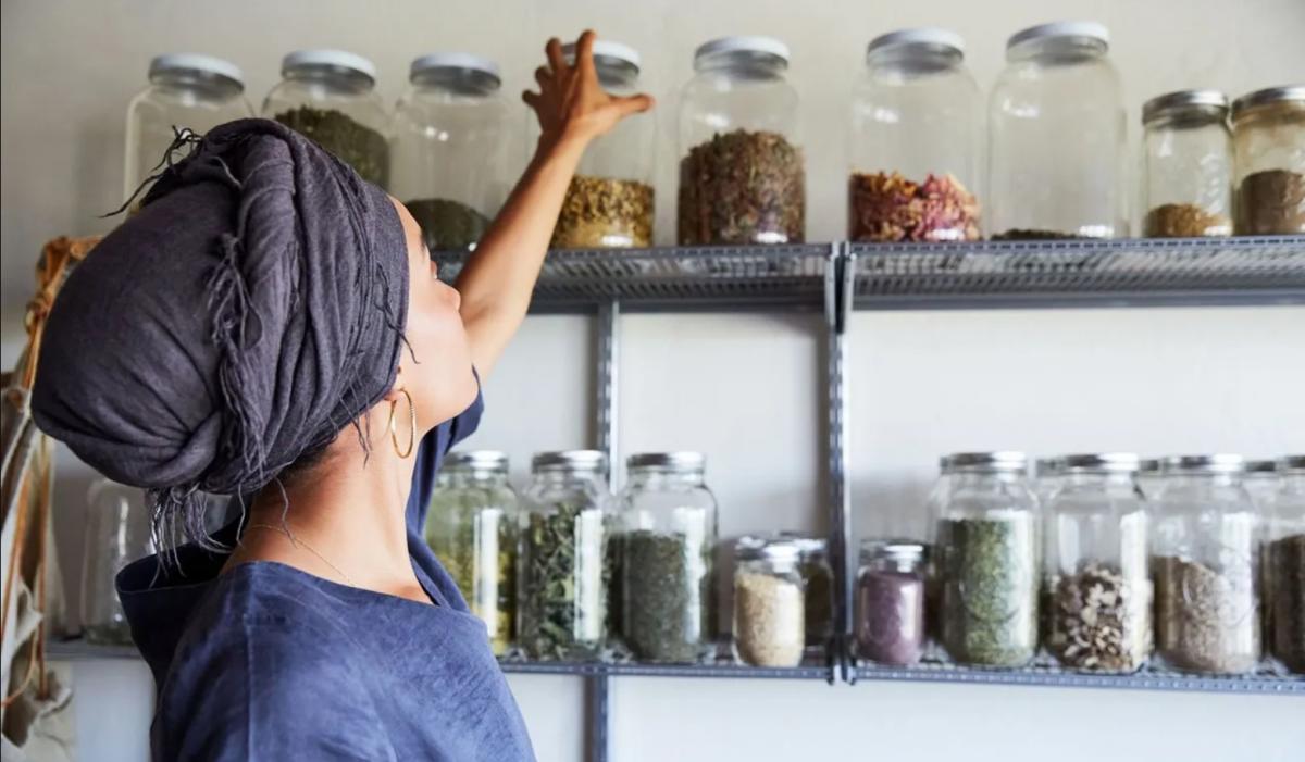 5 formas de obter uma renda mensal cultivando ervas